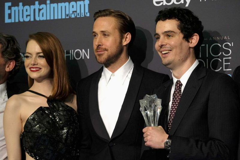 SANTA MONICA, CA - DECEMBER 11: Actors Emma Stone, Ryan Gosling and director Damien Chazelle pose in the press room during The 22nd Annual Critics' Choice Awards at Barker Hangar on December 11, 2016 in Santa Monica, California.  (Photo by Frazer Harrison/Getty Images)
