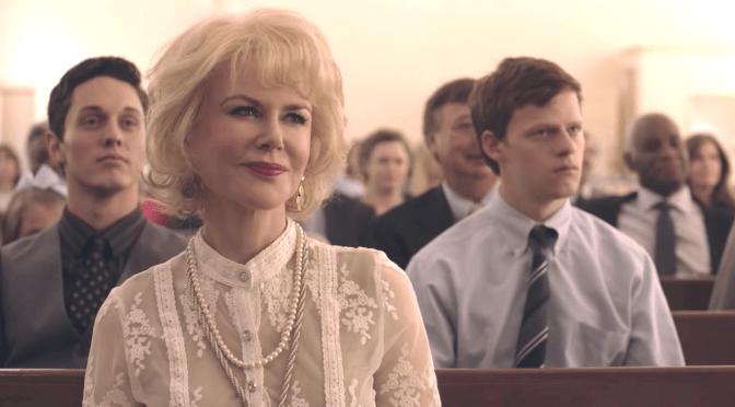 Nicole Kitman como Nancy Eamons y Lucas hedges como Jared Eamons en Identidad Borrada (Boy Erased)