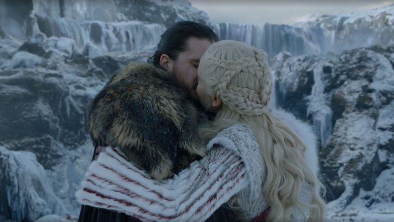 Jon y Daenerys, imagen Juego de Tronos 8x01