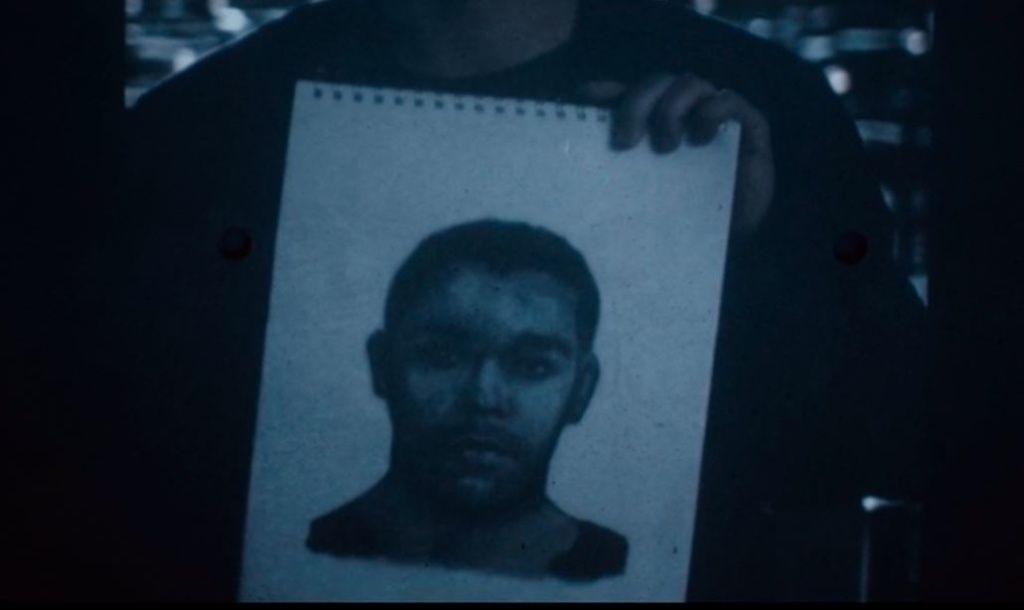 Imagen de Karim en un retrato tomado del experimento del sueño en The OA